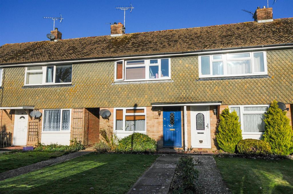 3 Bedrooms Terraced House for sale in Elm Road, Westergate