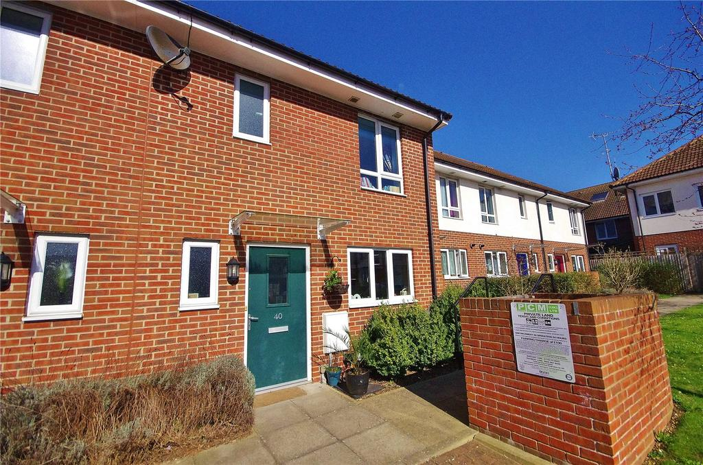 3 Bedrooms Terraced House for sale in Royal Court, Queen Marys Avenue, Watford, Hertfordshire, WD18