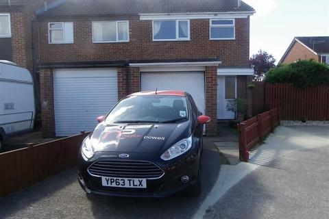 3 bedroom semi-detached house to rent - Holly End, Quedgeley, Gloucester