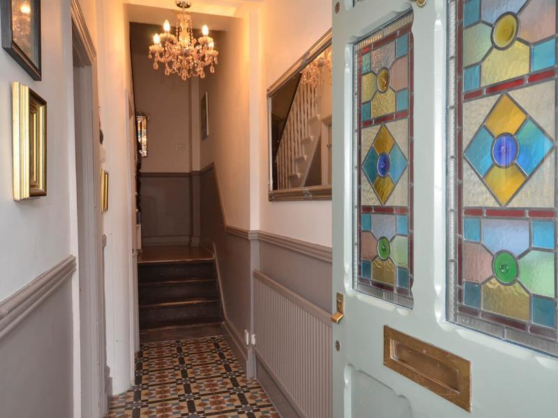 4 Bedrooms Terraced House for sale in Harberton Road, N19
