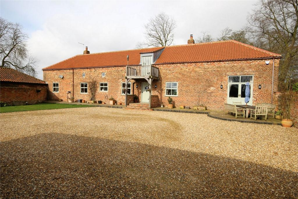 4 Bedrooms Barn Conversion Character Property for sale in Pockthorpe, Driffield, East Riding of Yorkshire