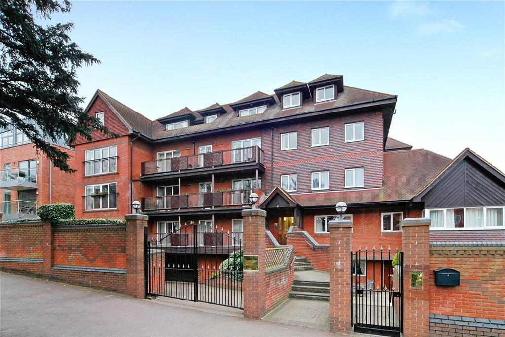2 Bedrooms Flat for sale in Aspen Lodge, 61 Wimbledon Hill Road, London, SW19