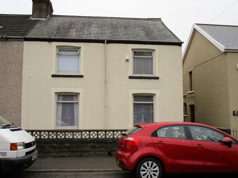 3 Bedrooms Semi Detached House for sale in Depot Road, Cwmavon, Port Talbot, .