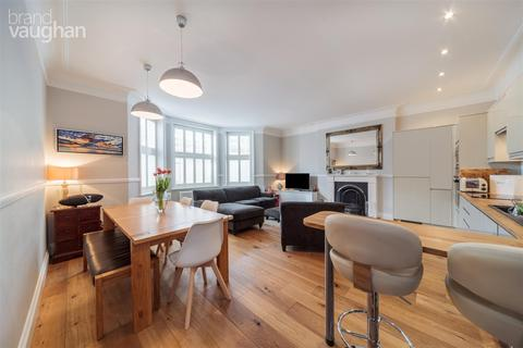 3 bedroom apartment to rent - Kings Gardens, Hove, BN3