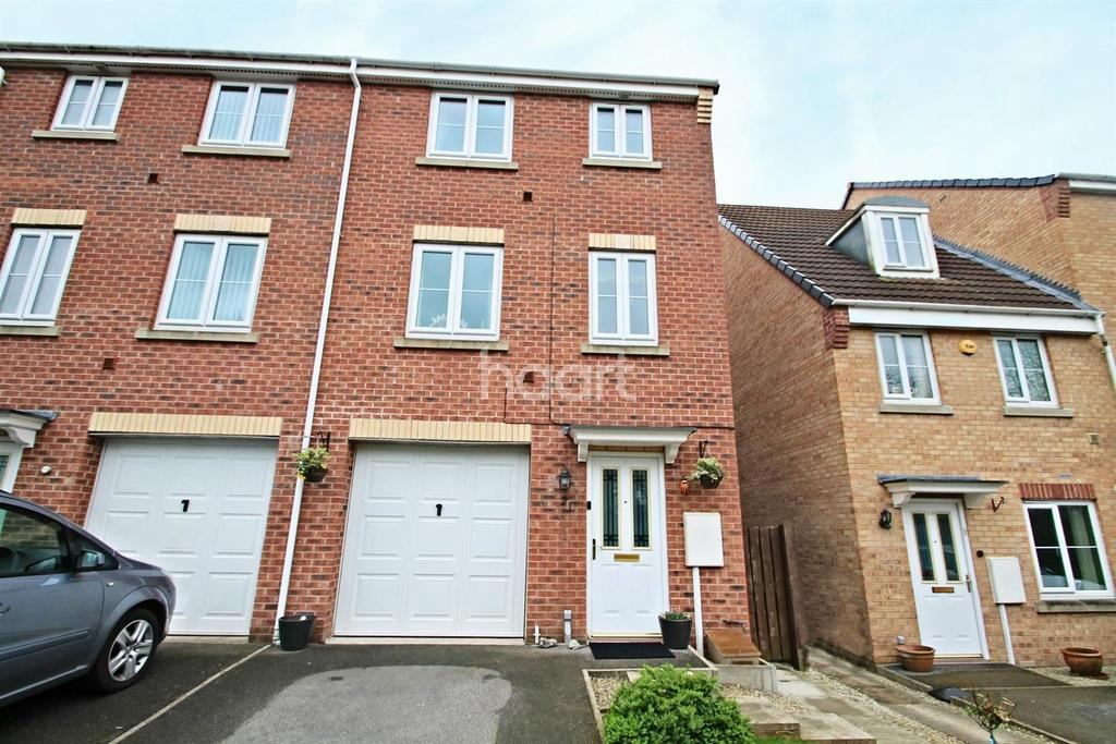 4 Bedrooms End Of Terrace House for sale in Oakland Way, Bilborough