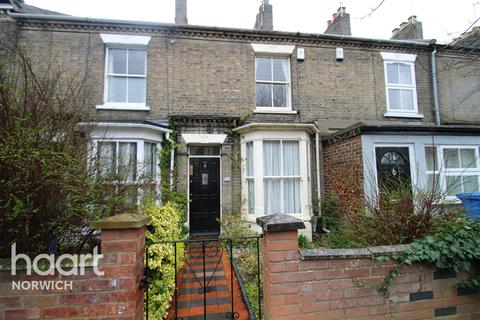 2 bedroom detached house to rent - Connaught Road - Golden Triangle