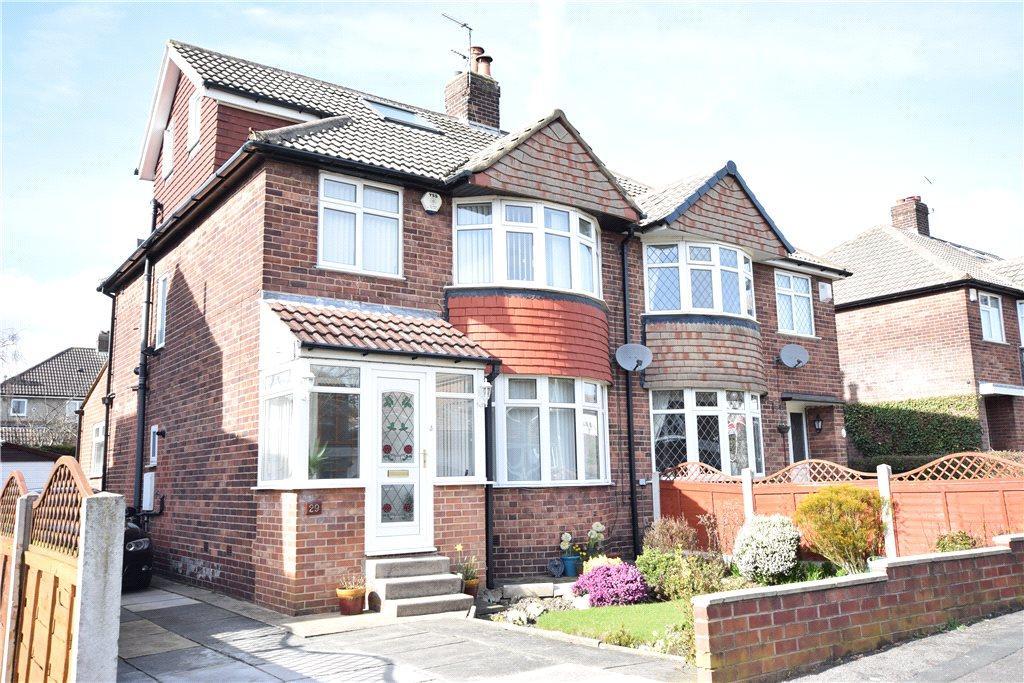 4 Bedrooms Semi Detached House for rent in Hillingdon Way, Alwoodley, Leeds