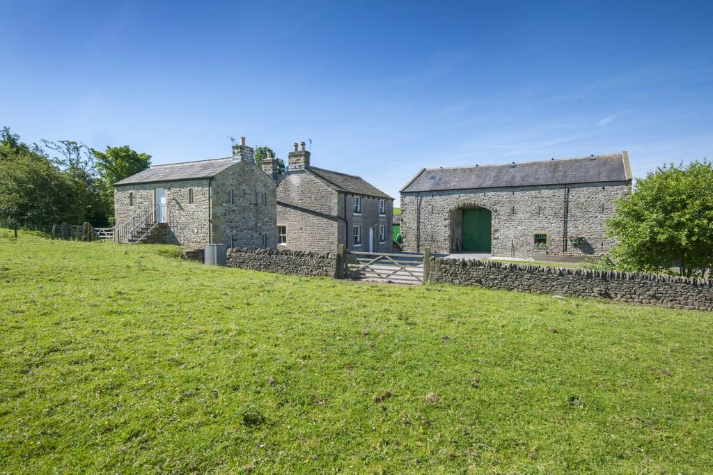 6 Bedrooms Detached House for sale in Stock Green Farm, Bracewell, Skipton