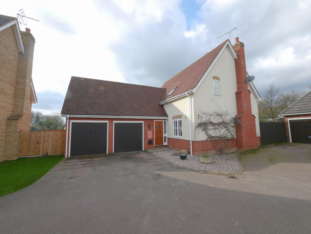 3 Bedrooms Detached House for sale in Warene Close, Framlingham, Suffolk