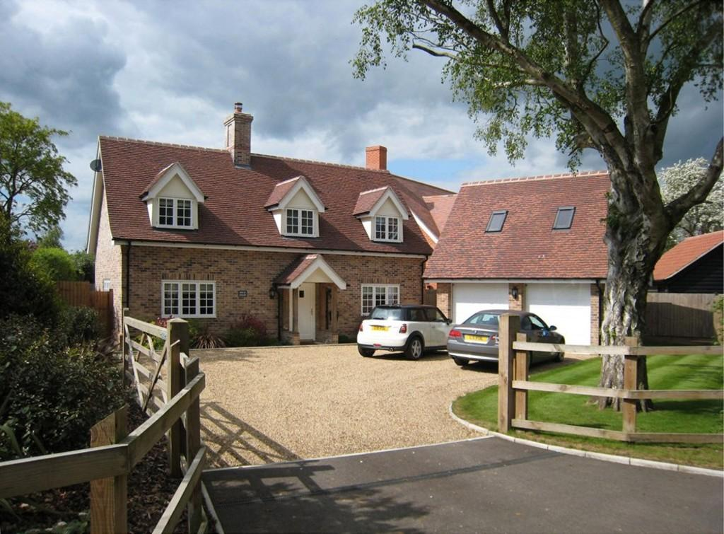 4 Bedrooms Detached House for sale in Noaks Road, Raydon, Ipswich, Suffolk