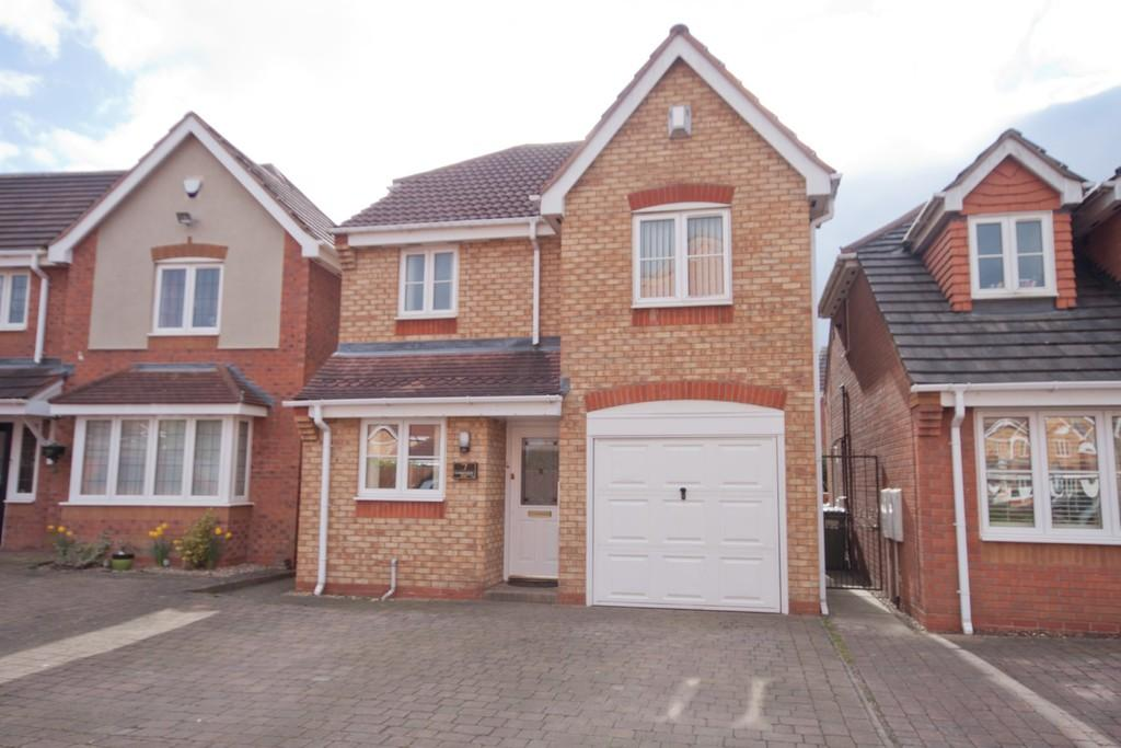 3 Bedrooms Detached House for sale in Lambourne Way, Norton Canes