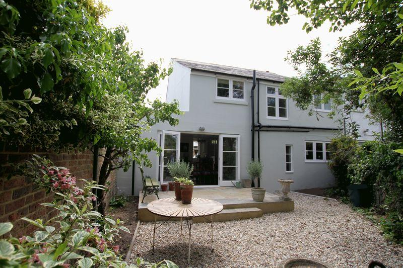4 Bedrooms End Of Terrace House for sale in Walmer