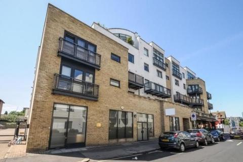 2 bedroom apartment to rent - Carrington House Montague Road,  London, SW19