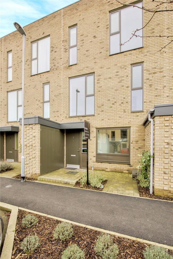 3 Bedrooms Terraced House for sale in Clay Farm Drive, Trumpington, Cambridge, CB2