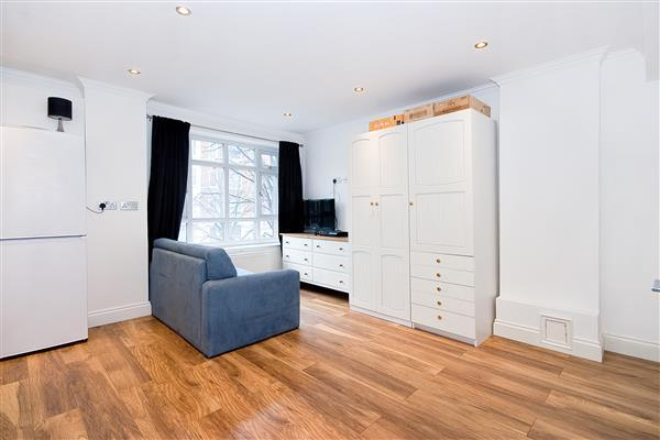 1 Bedroom Flat for sale in PORTSEA HALL, MARBLE ARCH, W2