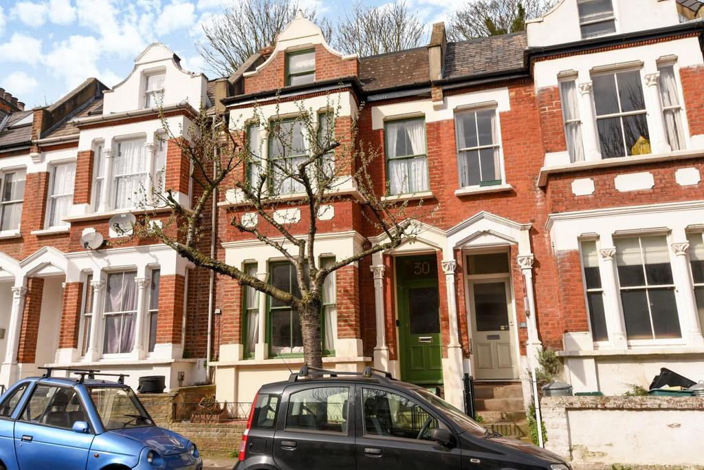 6 Bedrooms Terraced House for sale in Waterlow Road, Highgate, N19