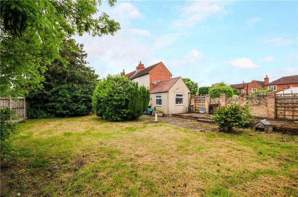 3 Bedrooms Detached House for sale in Narrow Walk, Worcester, Worcestershire, WR2