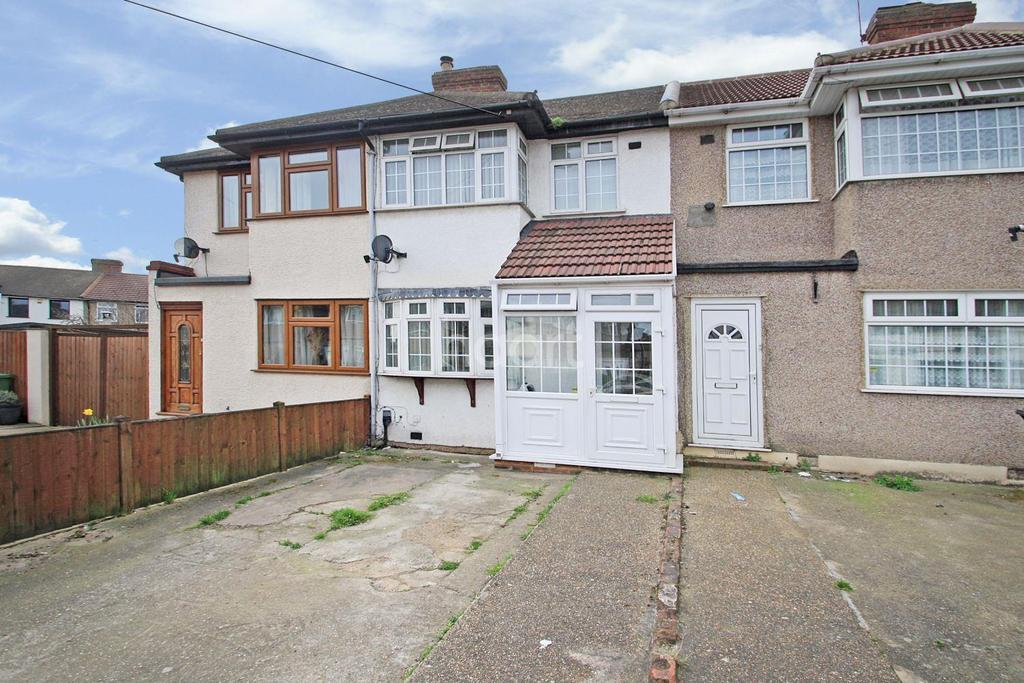 3 Bedrooms Terraced House for sale in First Avenue