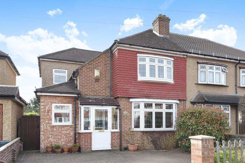 3 Bedrooms Semi Detached House for sale in Northbourne, Hayes, BR2