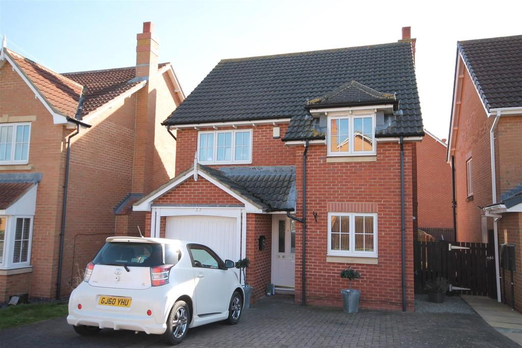 3 Bedrooms Detached House for sale in Camborne Drive, Darlington