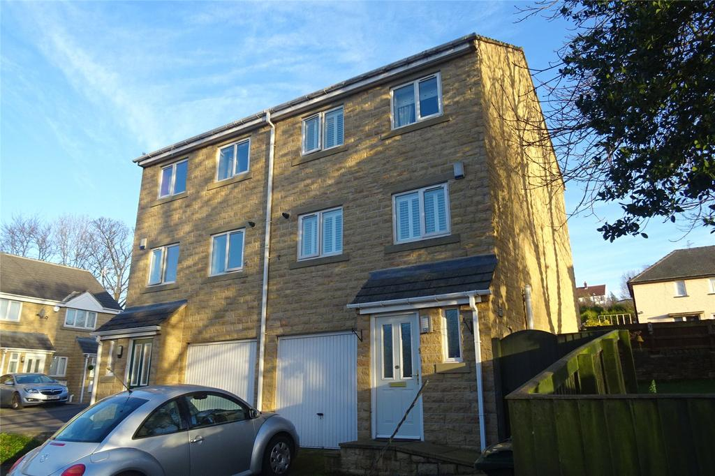 3 Bedrooms Semi Detached House for sale in Platt Court, Shipley, West Yorkshire, BD18
