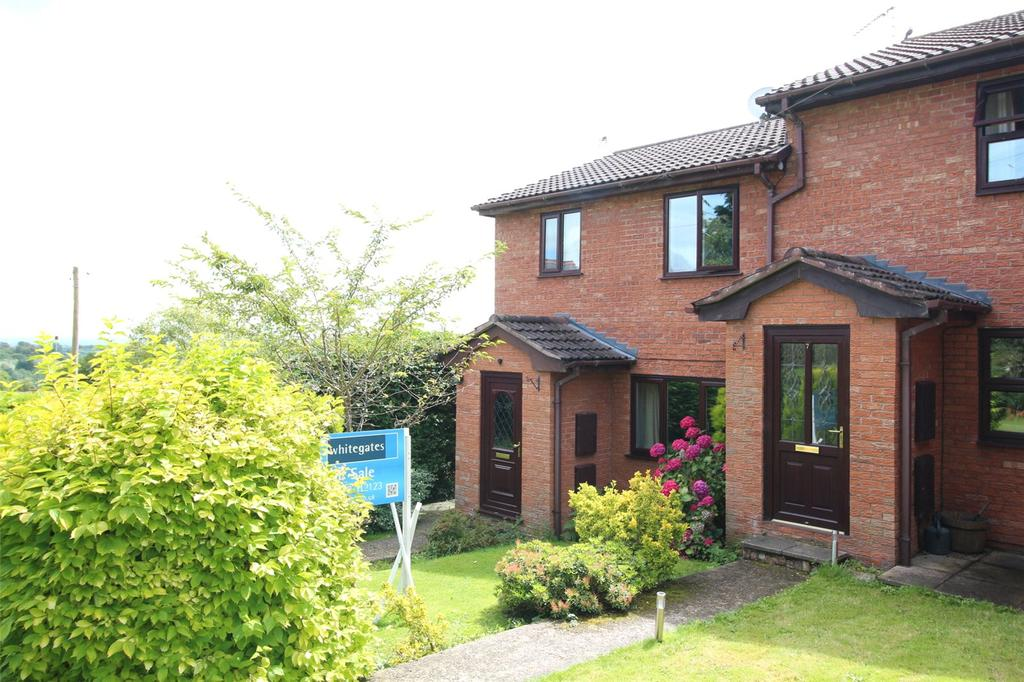 3 Bedrooms Terraced House for sale in The Parks, Tanyfron, Wrexham, LL11