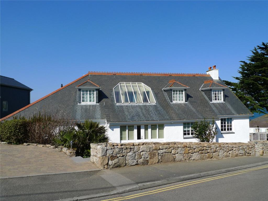 2 Bedrooms Flat for sale in Boskerris Road, Carbis Bay, St. Ives, Cornwall