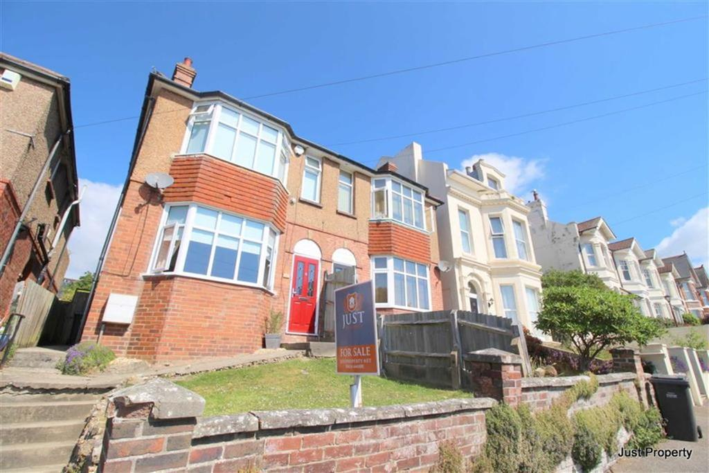 3 Bedrooms Semi Detached House for sale in Edmund Road, Hastings