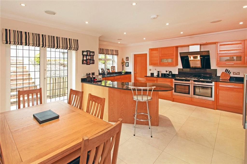 5 Bedrooms Detached House for sale in St. Michaels Drive, Otford, Sevenoaks, Kent, TN14