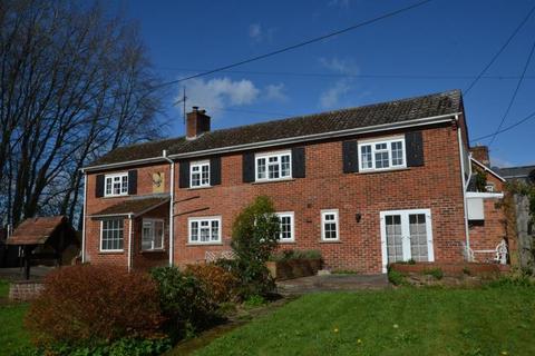 3 bedroom semi-detached house to rent - Alderbury