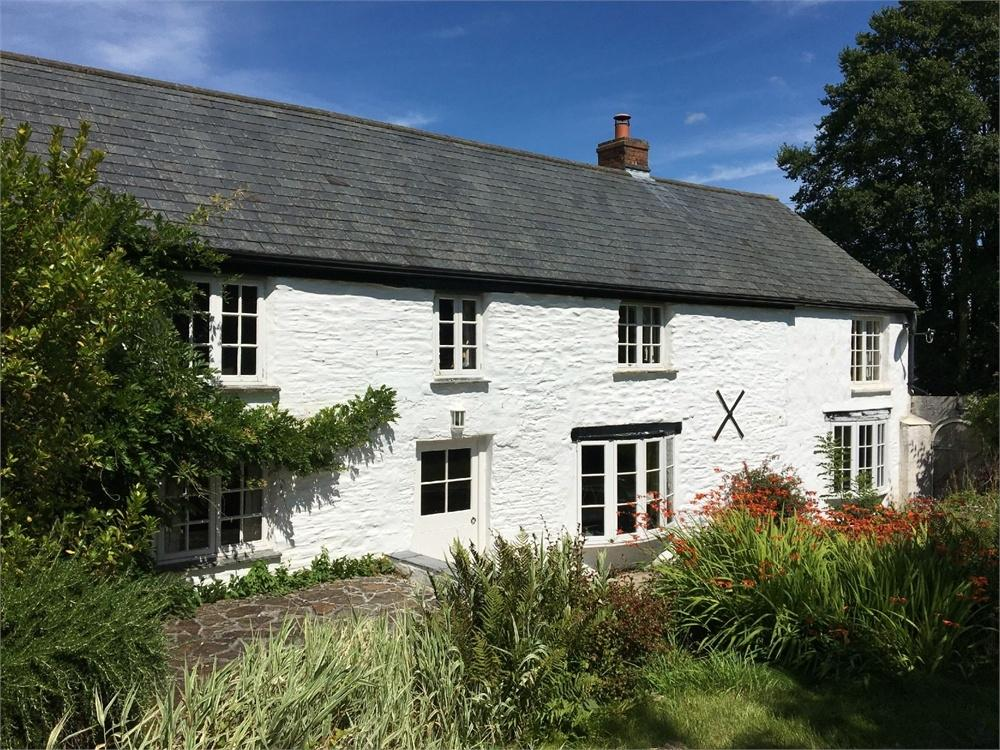 4 Bedrooms Country House Character Property for sale in Wyvell Cottage, The Barn and Paddock, St Veep, Nr Lerryn, Lostwithiel