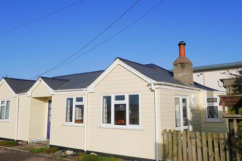 2 bedroom detached bungalow for sale - Instow, Sandhills.