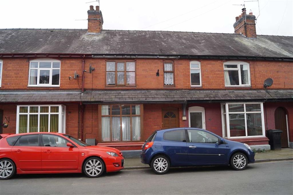 3 Bedrooms Terraced House for sale in Park Road, Whitchurch, SY13
