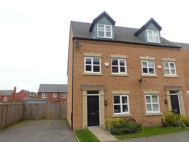 3 Bedrooms Semi Detached House for sale in Leven Road,Tamworth,Staffordshire