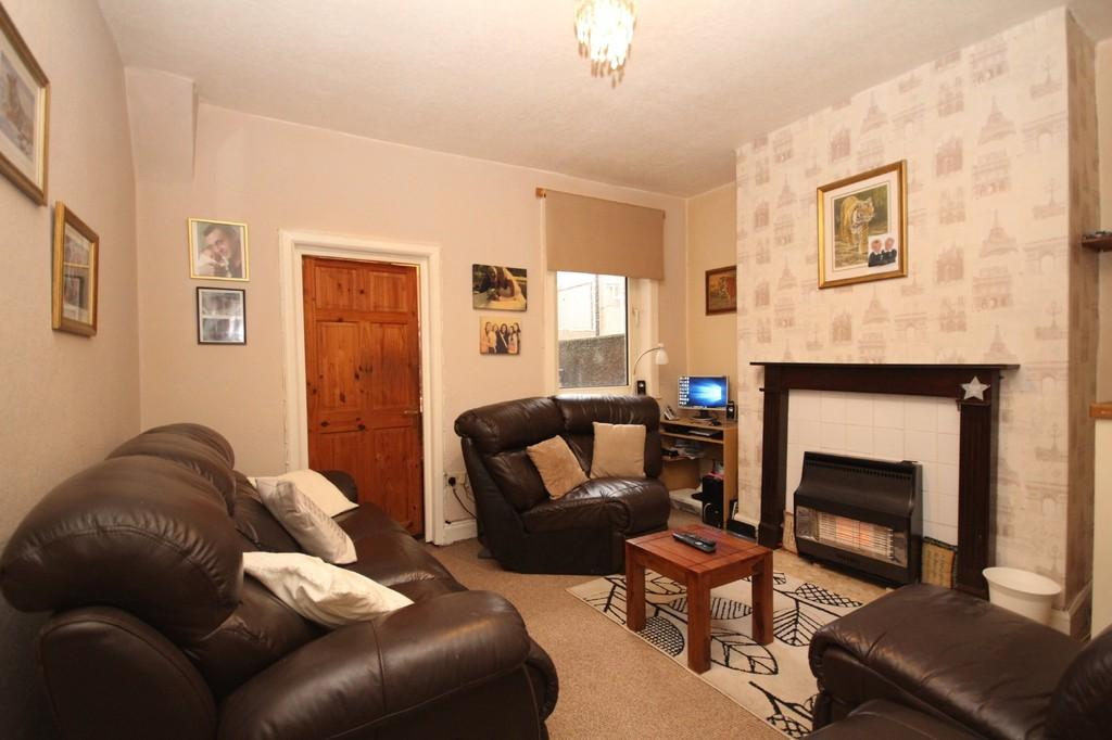 3 Bedrooms Terraced House for sale in Athol Street, Barrow-In-Furness