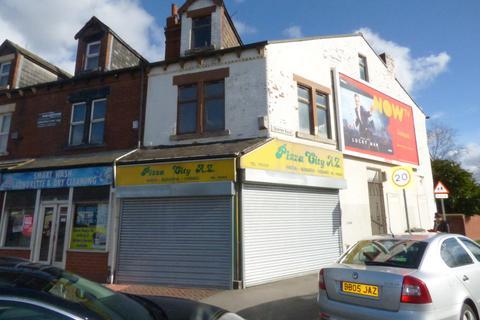 3 bedroom flat for sale - Dewsbury Road, Beeston, LS11 5EG