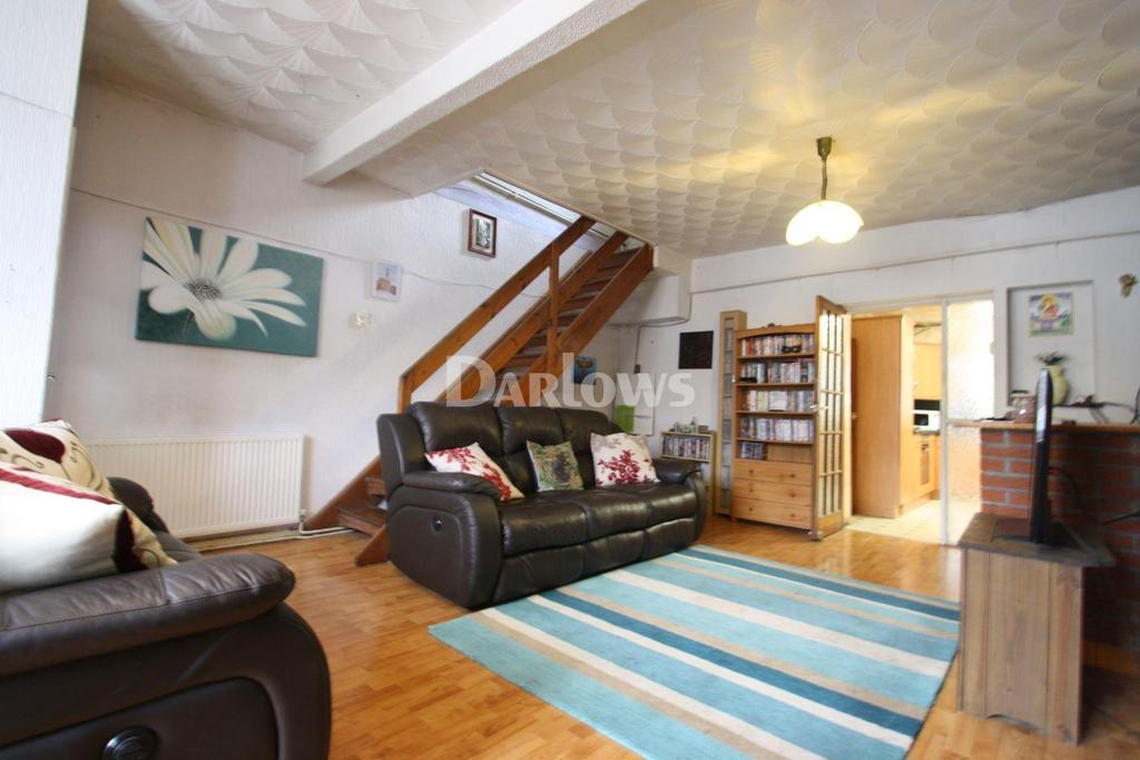 3 Bedrooms End Of Terrace House for sale in Mikado Street, Tonypandy