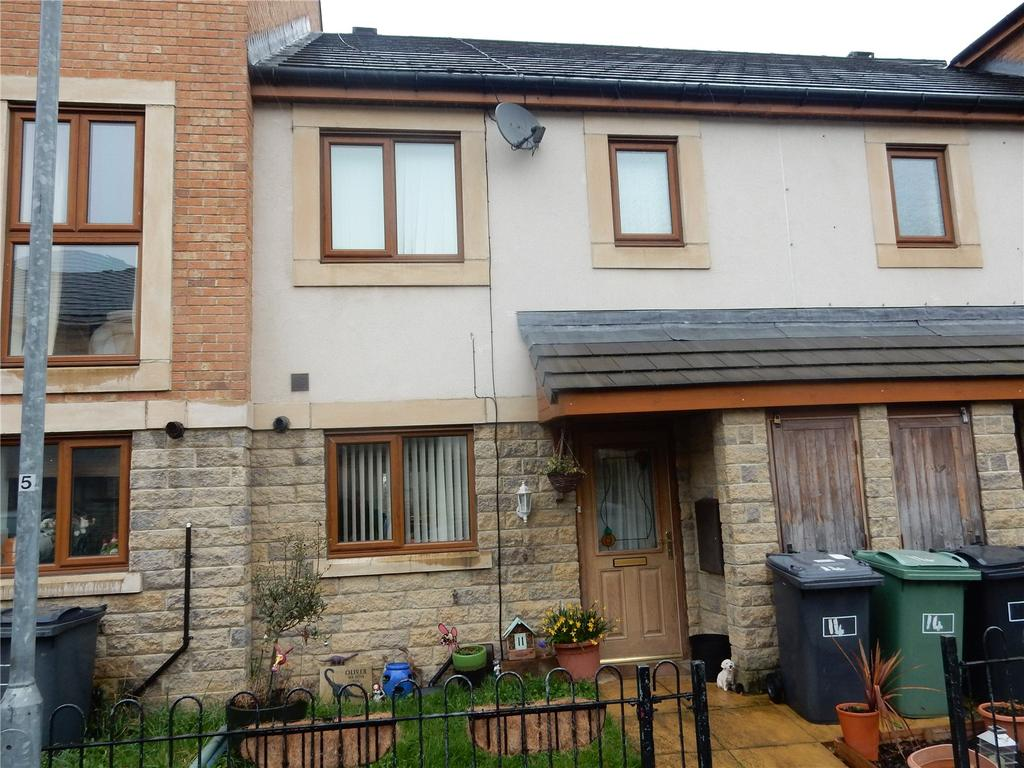 3 Bedrooms Terraced House for sale in Greenlea Court, Dalton, Huddersfield, HD5