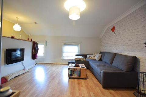 1 bedroom apartment to rent - Chatham Place