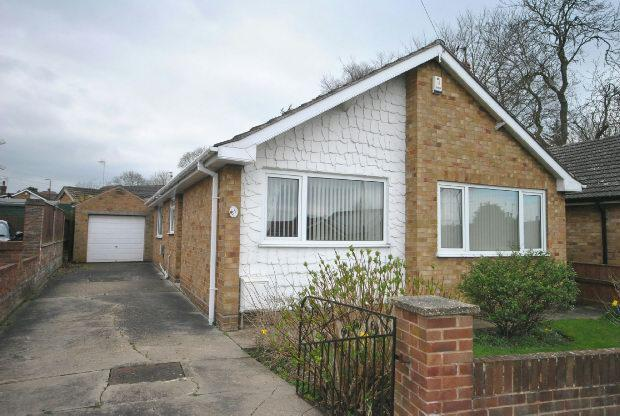 3 Bedrooms Detached Bungalow for sale in Mill View, Waltham, GRIMSBY