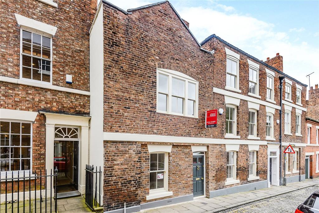 5 Bedrooms Terraced House for sale in White Friars, Chester, Cheshire