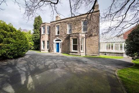 5 bedroom detached house  - Lansdowne Road, Ballsbridge, Dublin 4
