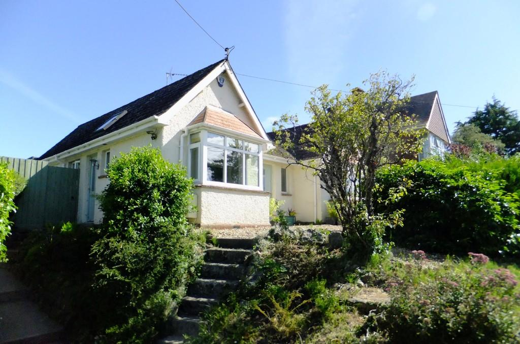 3 Bedrooms Detached Bungalow for sale in The Butts, Westbury