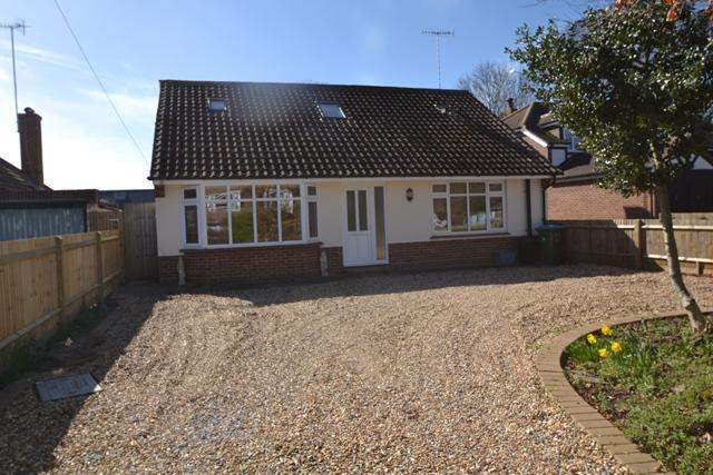 5 Bedrooms Detached House for sale in Ferring Lane, Ferring, West Sussex, BN12 6QT