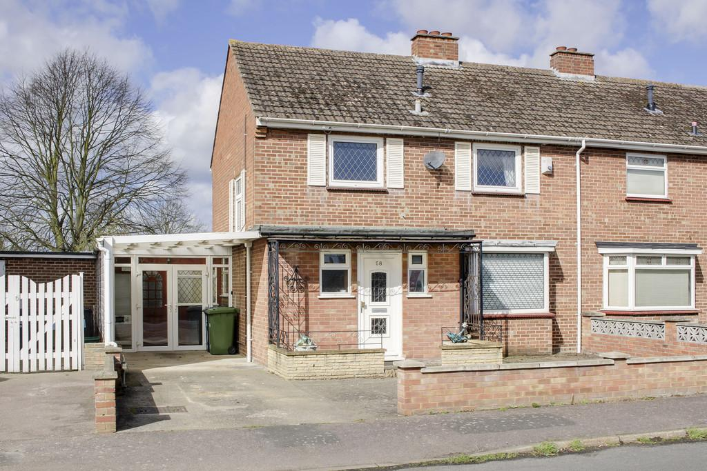 3 Bedrooms Semi Detached House for sale in Leys Road, St. Neots