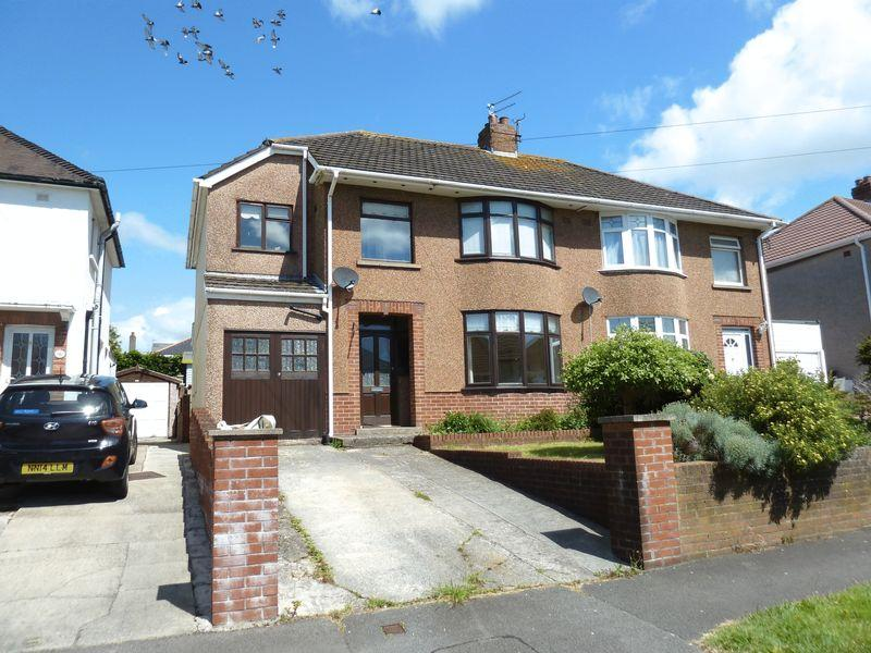 4 Bedrooms Semi Detached House for sale in Fairfield Road Bridgend CF31 3DT