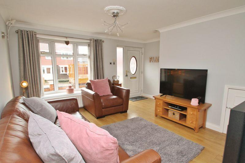 3 Bedrooms Terraced House for sale in Kesteven Road, Easterside