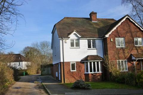 3 bedroom semi-detached house to rent - St Georges Place, New Pond Road, Benenden, Kent TN17 4EJ