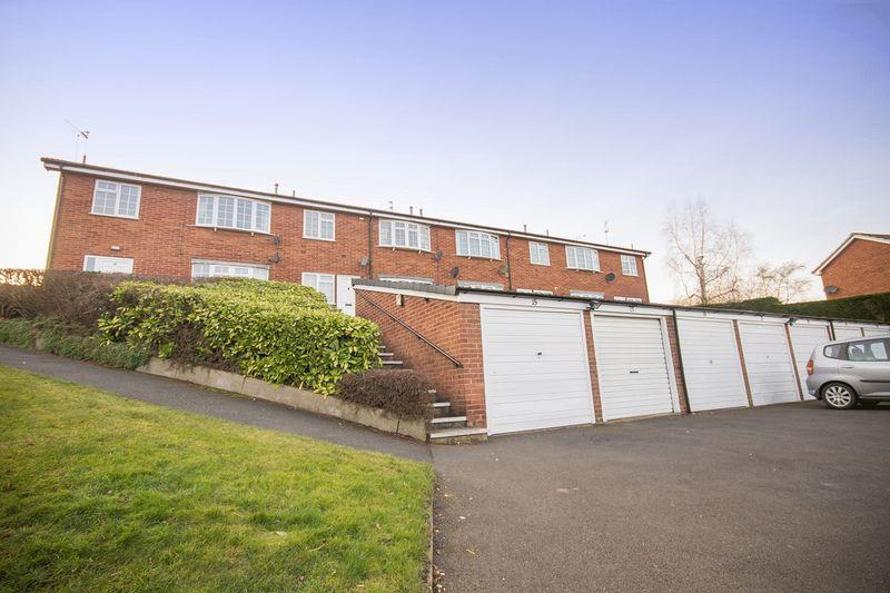 2 Bedrooms Apartment Flat for sale in DOLES LANE, FINDERN