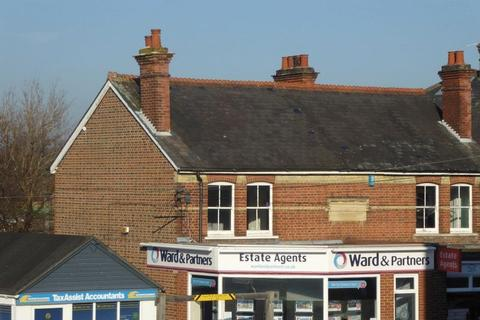 Office to rent - Paddock Wood
